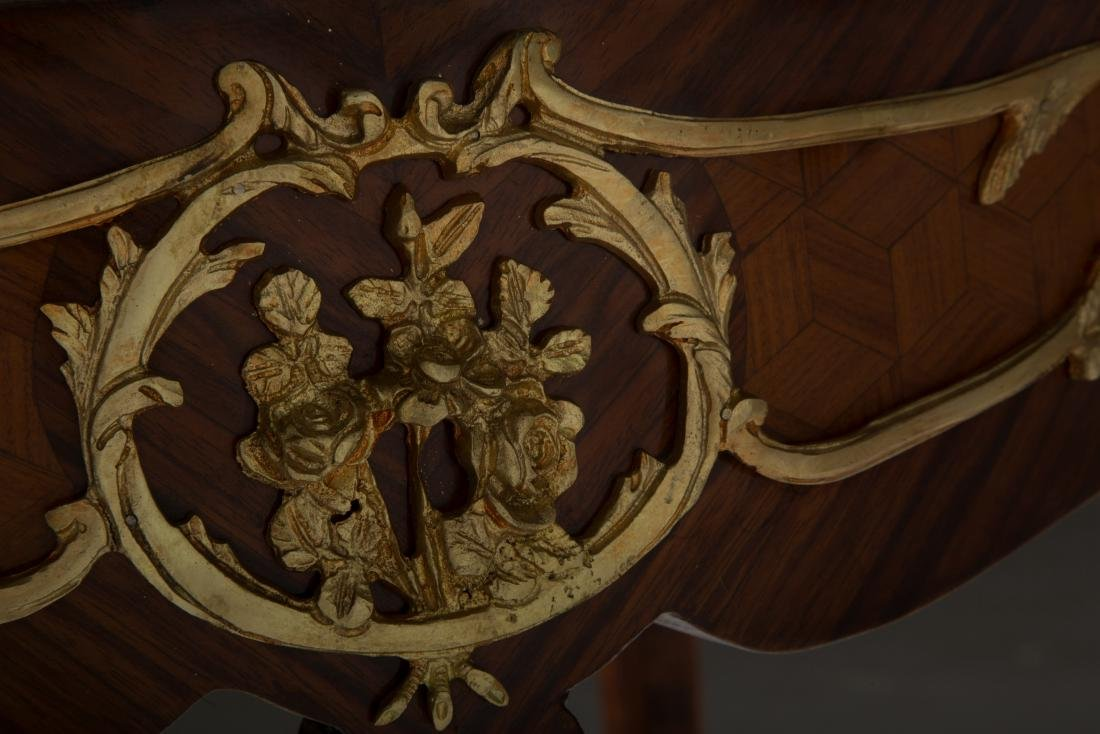 19TH C. LOUIS XV STYLE ROUND GILT-METAL MOUNTED TABLE - 8