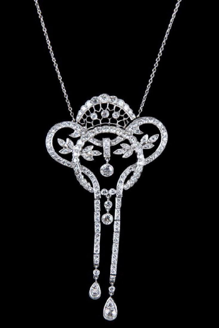 18 KARAT WHITE GOLD & DIAMOND NECKLACE