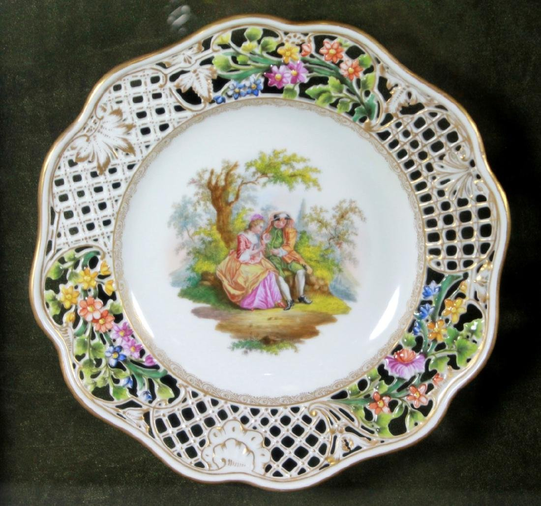 19TH CENTURY RETICULATED FRAMED DRESDEN PLATE - 2