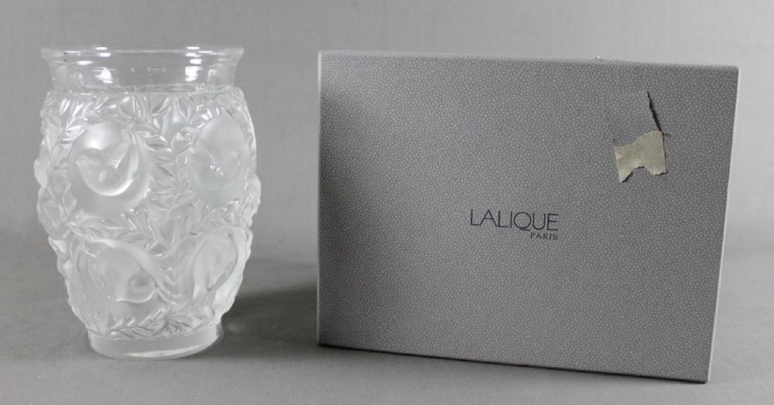 LALIQUE BAGATELLE VASE IN BOX - 4