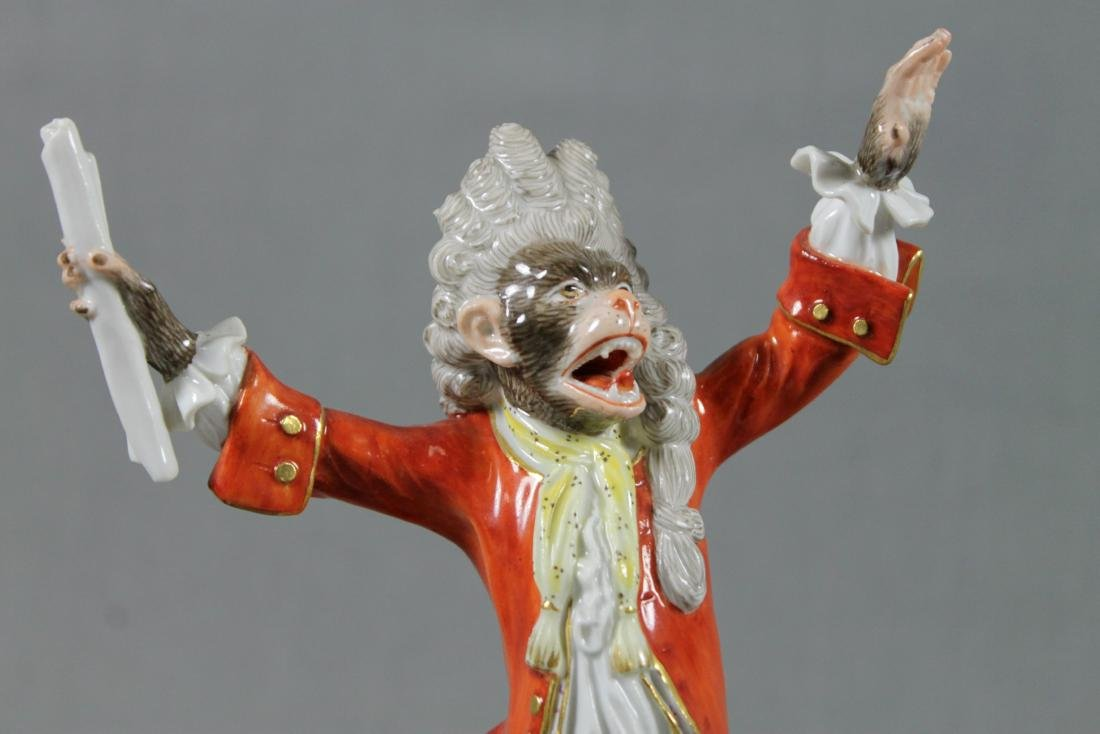 19TH C. MEISSEN MONKEY BAND CONDUCTOR W/ STAND - 3