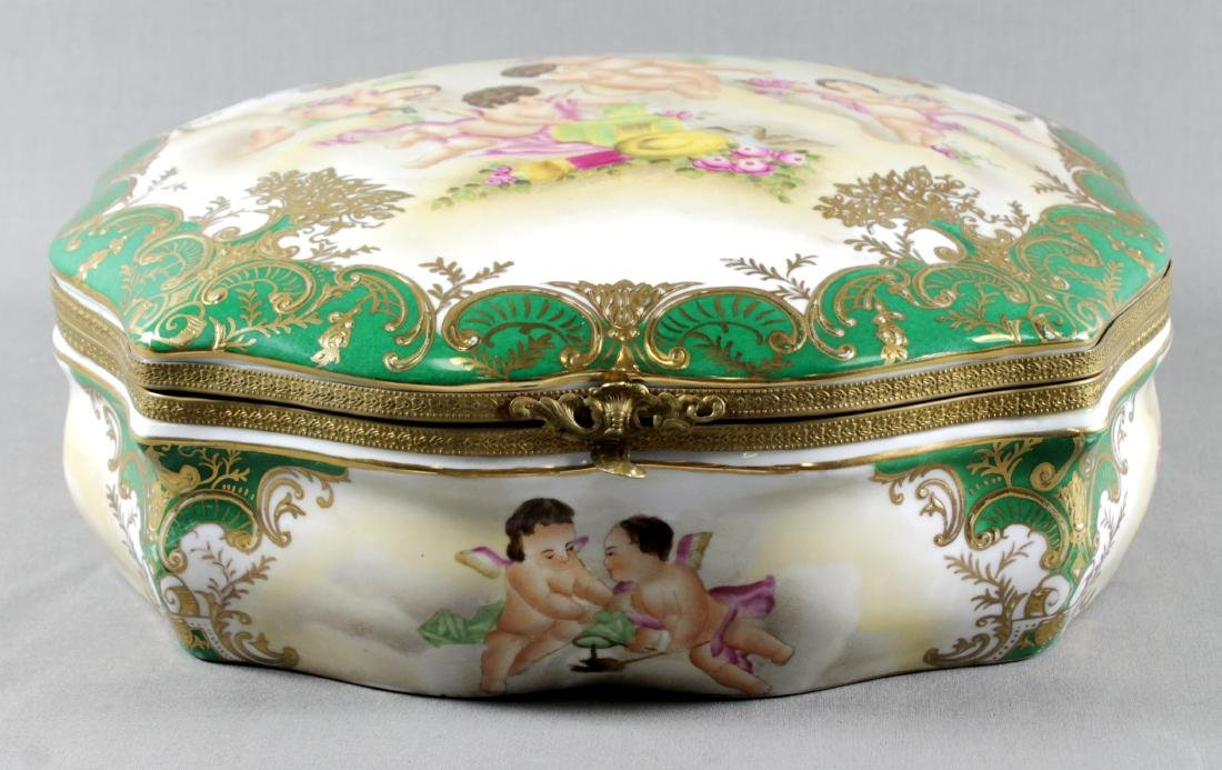 LARGE SEVRES STYLE BOX