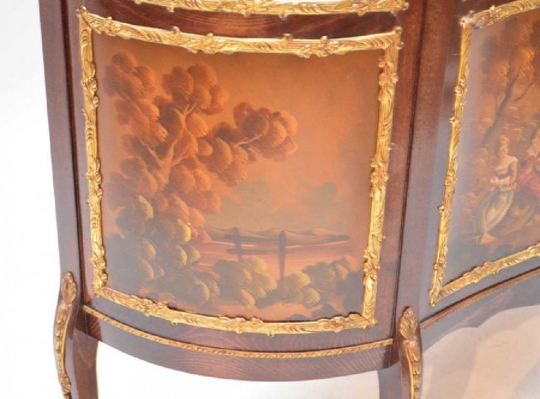 French style Verni Martin vitrine, bowed glass doors - 4