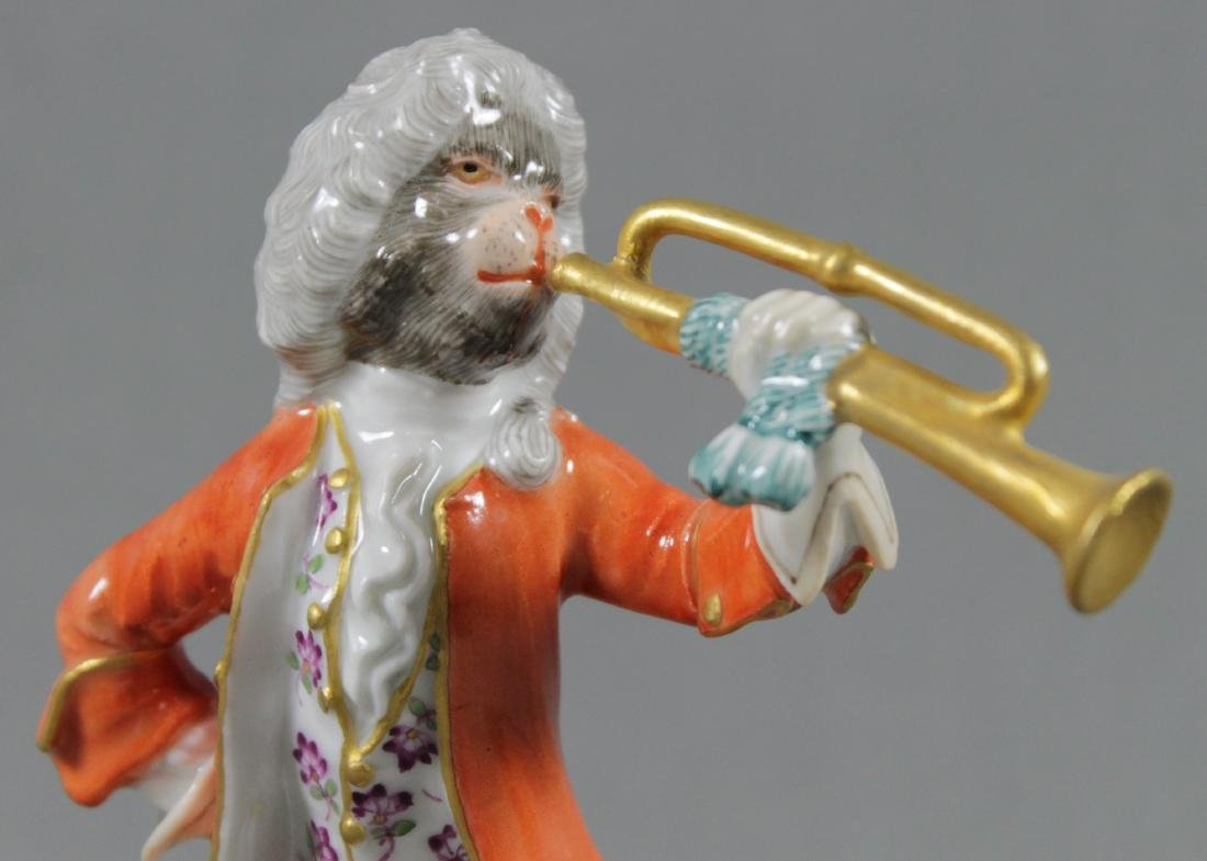 19TH C. MEISSEN MONKEY BAND FIGURE OF HORN PLAYER - 2