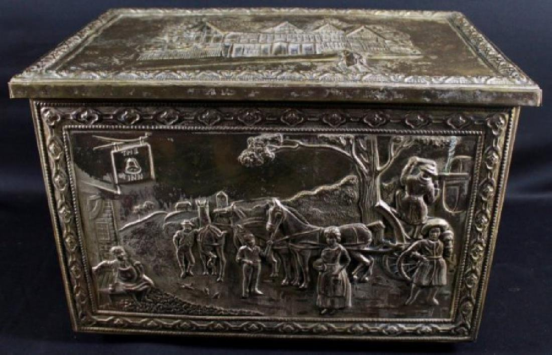 BRONZE DETAILED TRINKET BOX