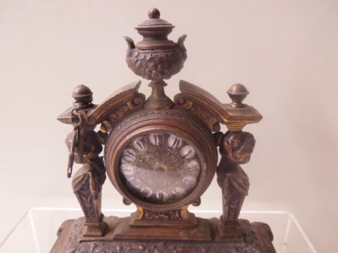 19th c. Continental Bronze Desk Clock - 2