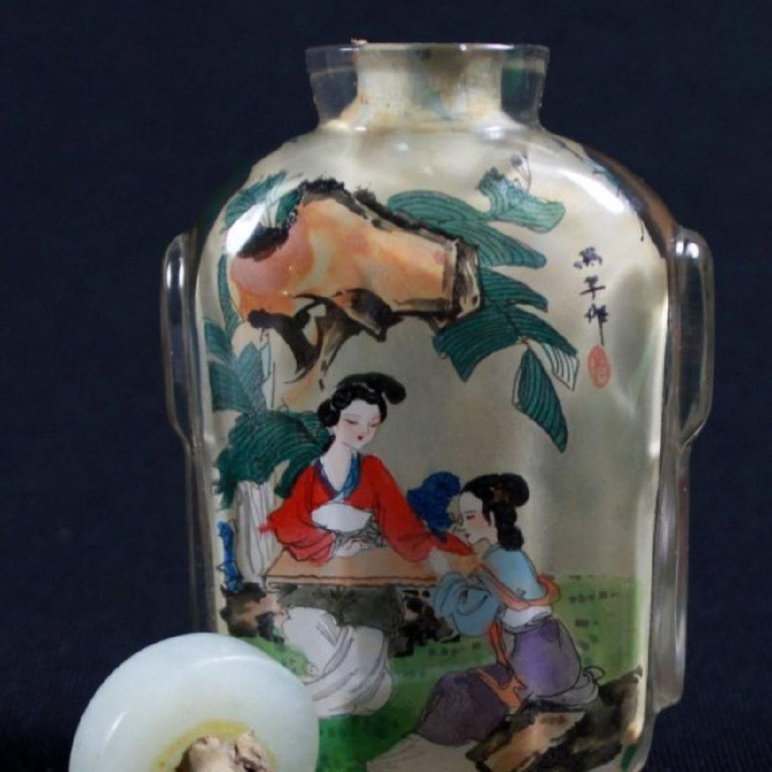 CHINESE REVERSE PAINT CHINESE SNUFF BOTTLE - 5