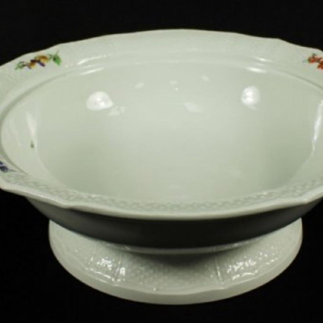 19TH C, MEISSEN BOWL WITH COVER - 4