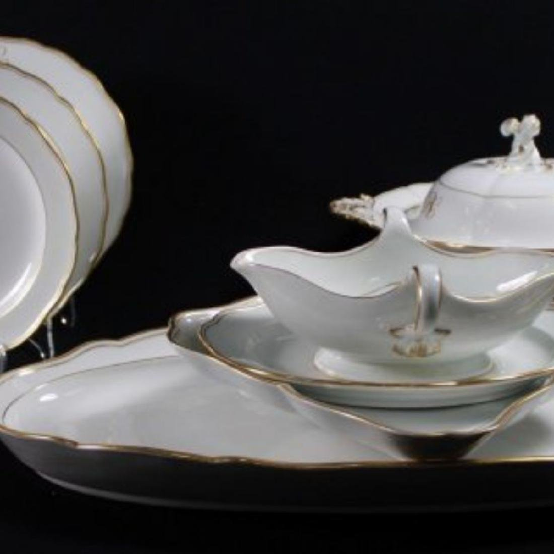 19TH C MEISSEN PART DINER SERVICE WITH THE UNDER GLAZED - 7