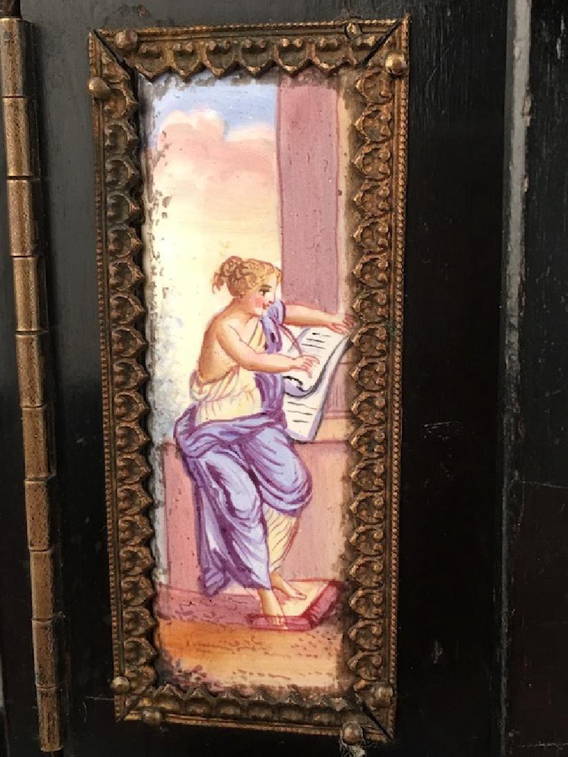 Antique casket box with sixteen porcelain painted - 4