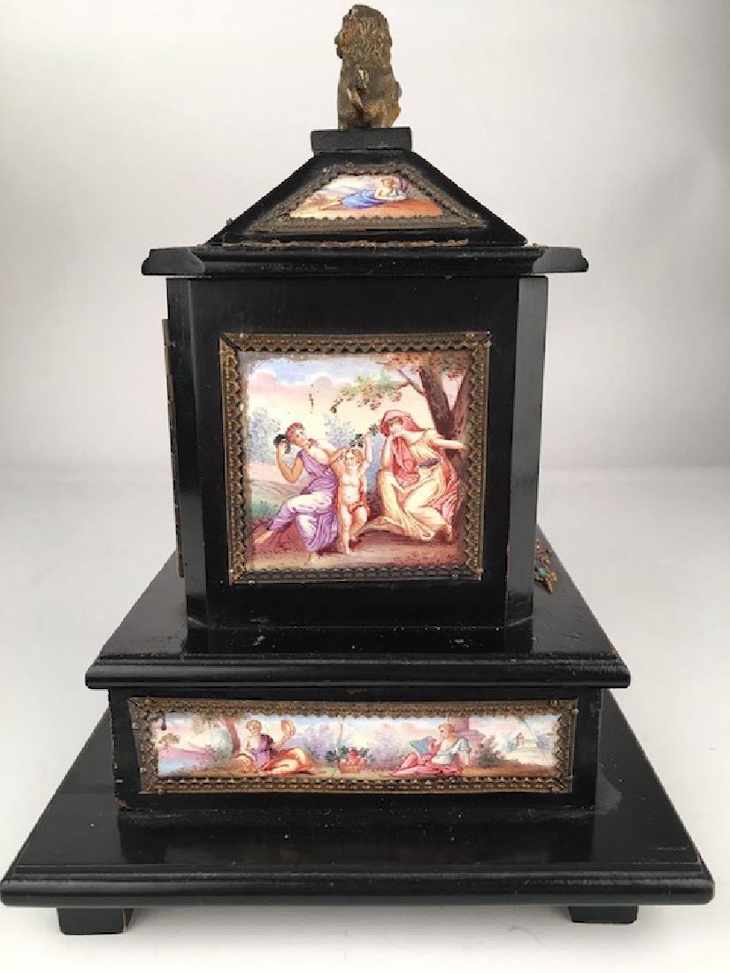 Antique casket box with sixteen porcelain painted - 6
