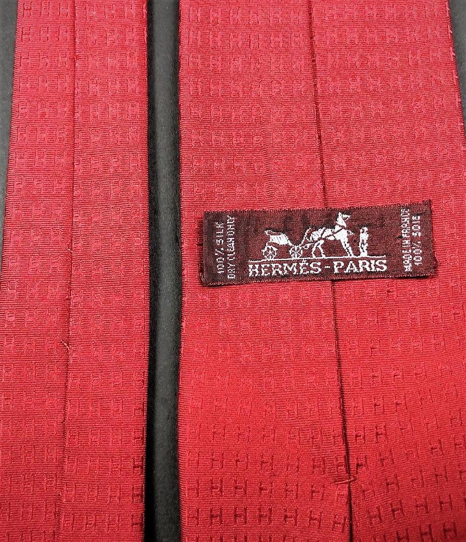 HERMES PARIS LUXURY ITALLIAN SOLID RED SILK MEN'S