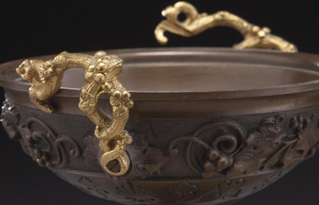 Pr. gilt and patinated bronze tazza - 6