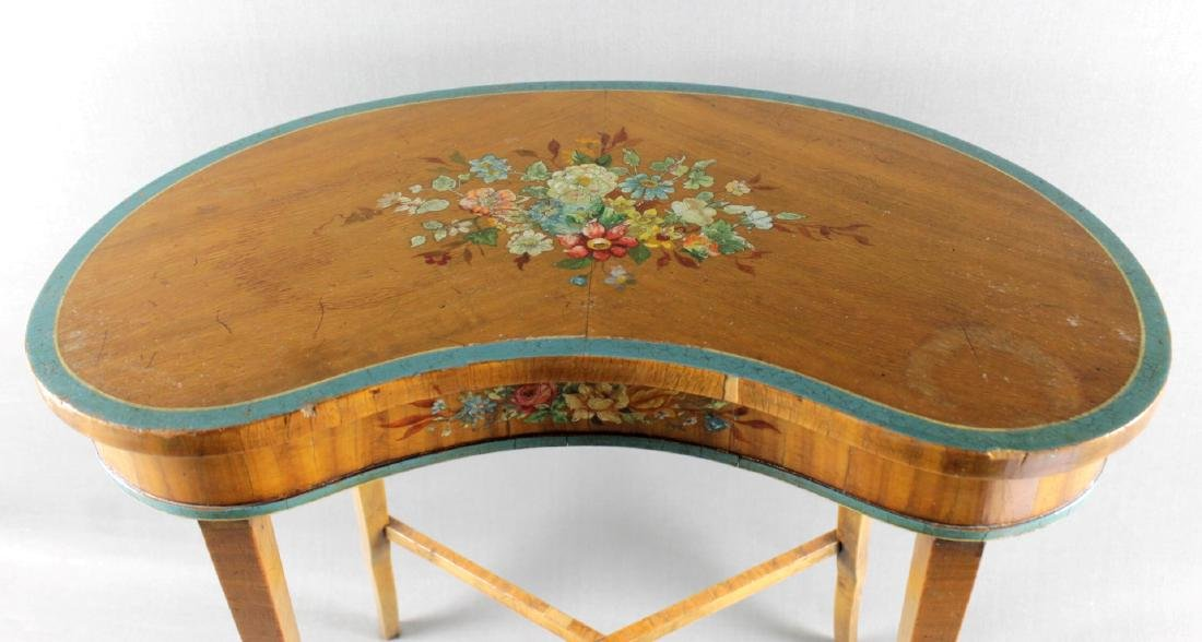 SMALL PAINTED TOP TABLE STAND - 3