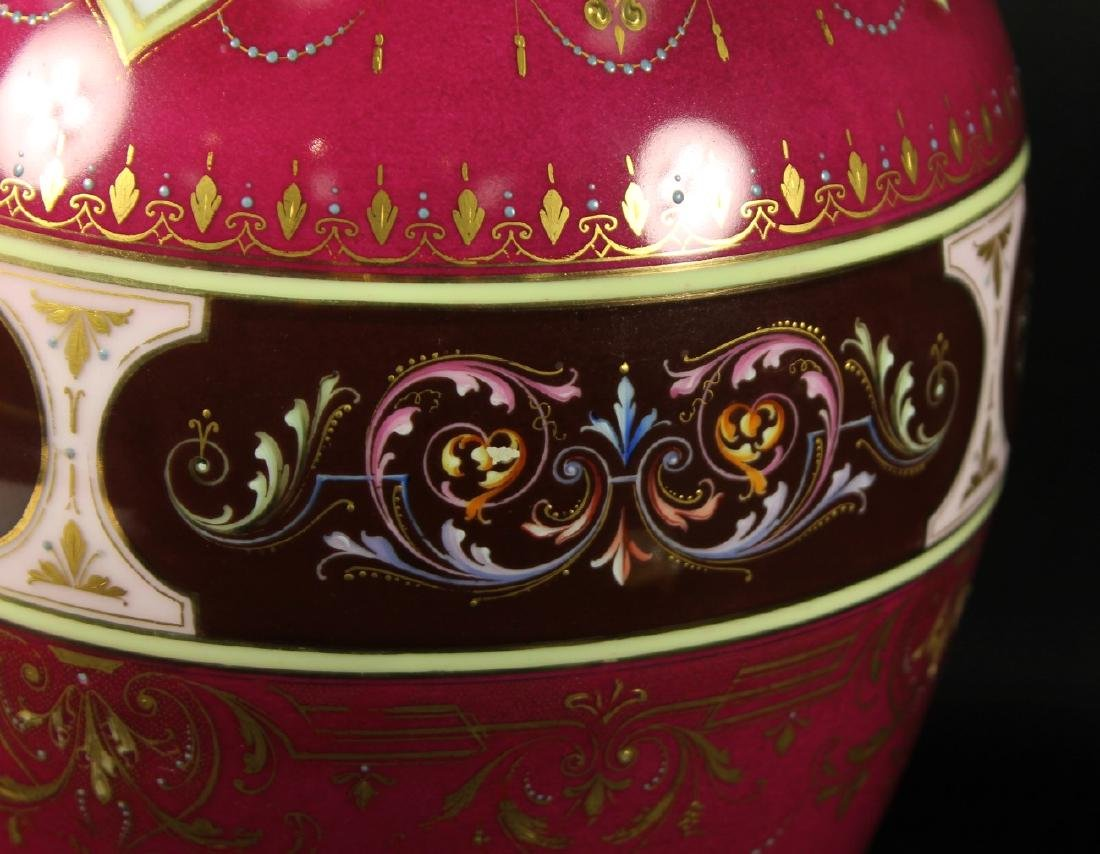 Royal Vienna Vase - 4