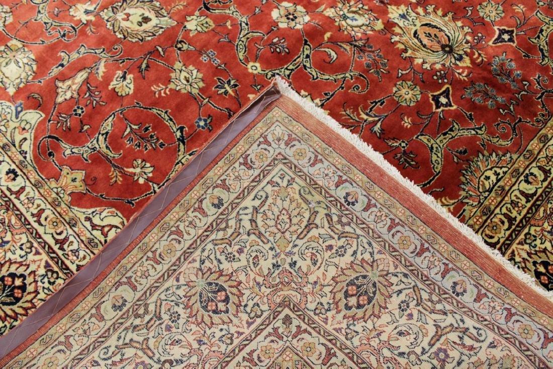 Antique Sarouk Wool Rug - 3