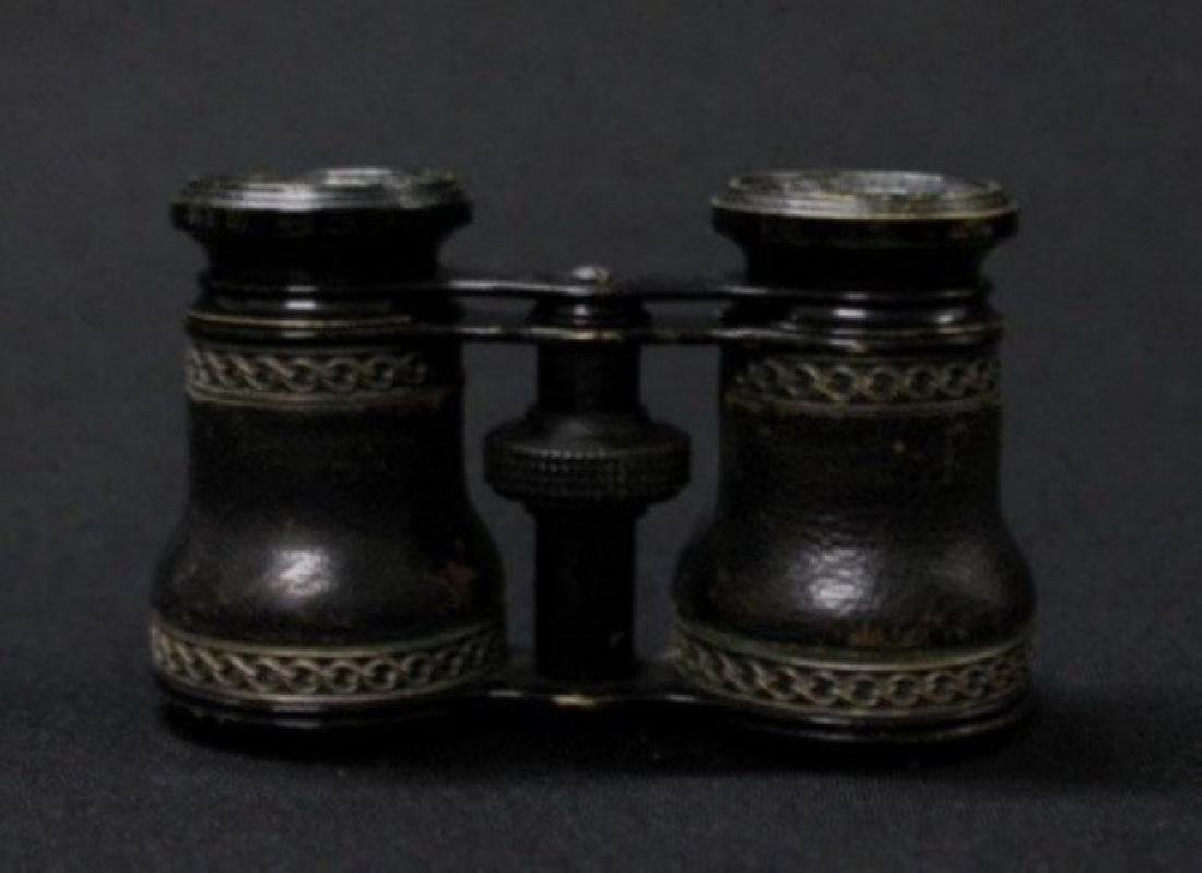 Jumelle Chevalier Leather, Cased Binoculars