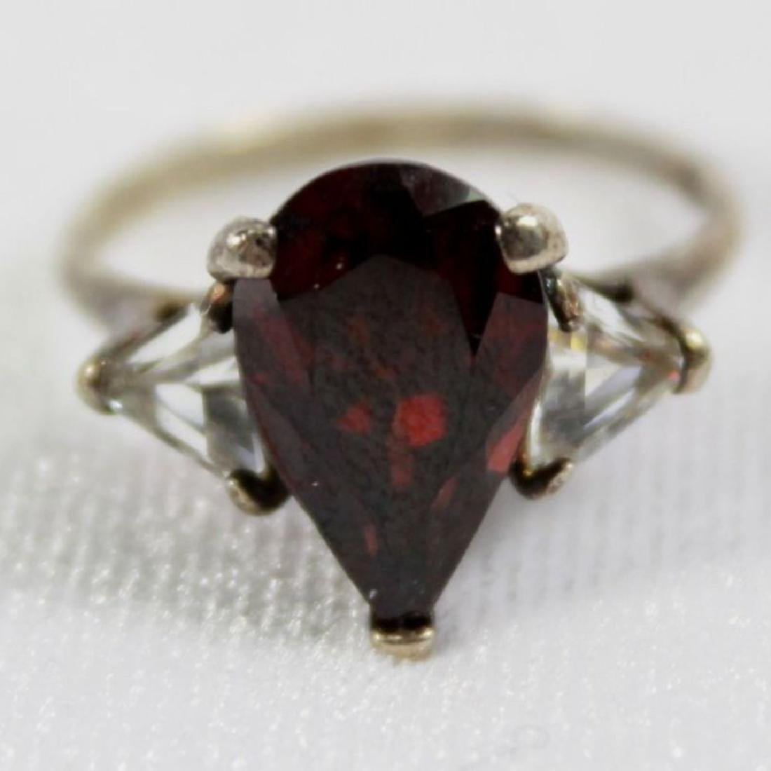 Red Pear Shaped Ring With 2 White Trillian Stones On - 2