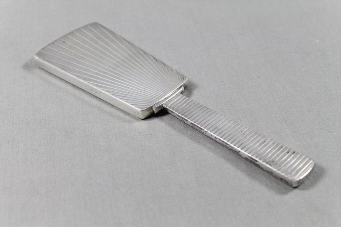 Modern Silver Brush And Mirror - 4