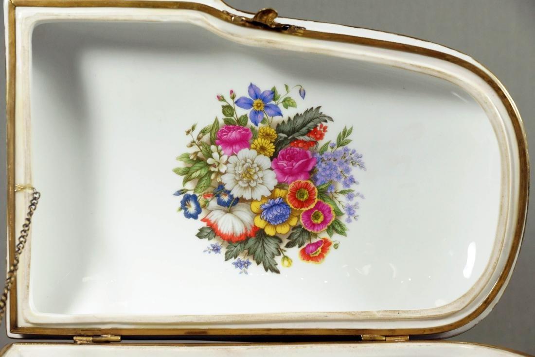 A26) Porcelain Piano Shaped Box - 10