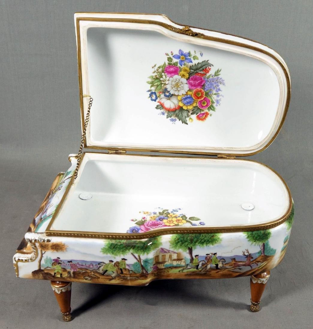 A26) Porcelain Piano Shaped Box - 9