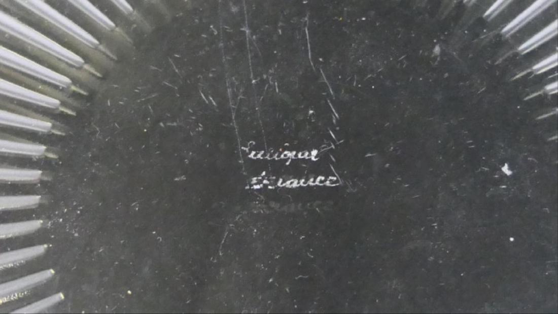 """Lalique Crystal """"Marguerite"""" Wide Centerpiece Bowl - 6"""