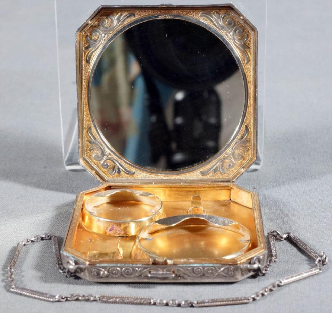 Enamel Compact With Chain - 3