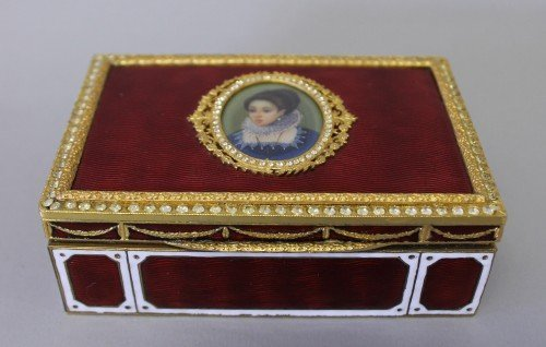 338: FRENCH ENAMEL BOX WITH PORTRAIT ON IVORY JEWELLED
