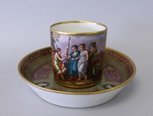 347: EARLY 19TH CENTURY ROYAL VIENNA CUP AND SAUCER CIR