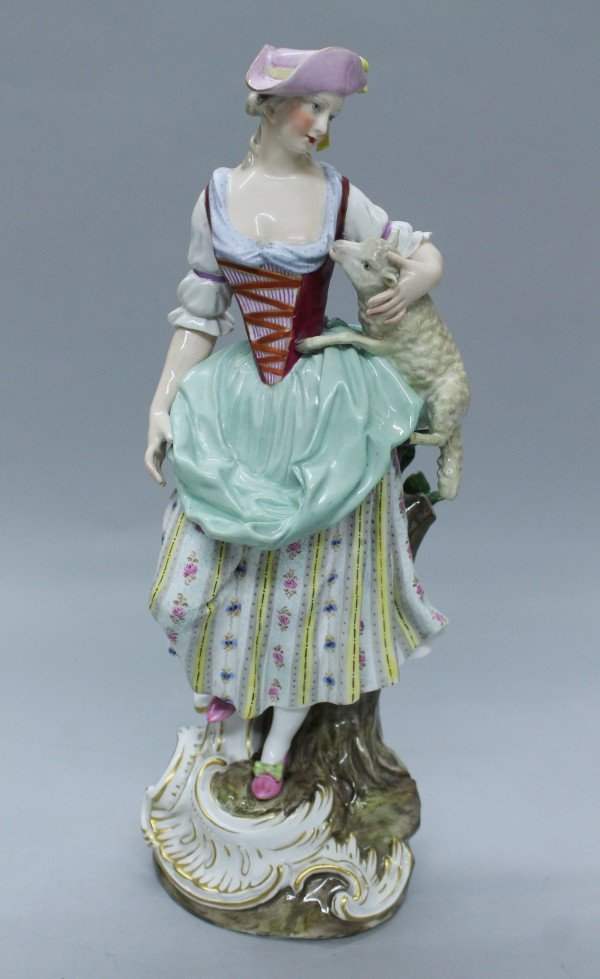 MEISSEN FIRGURE OF WOMAN WITH GOAT