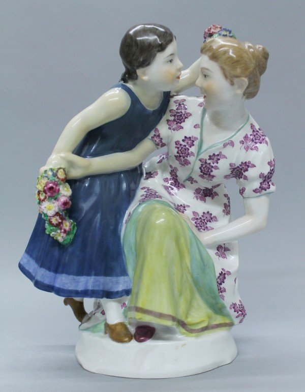 MEISSEN GROUP OF A PAIR OF WOMEN