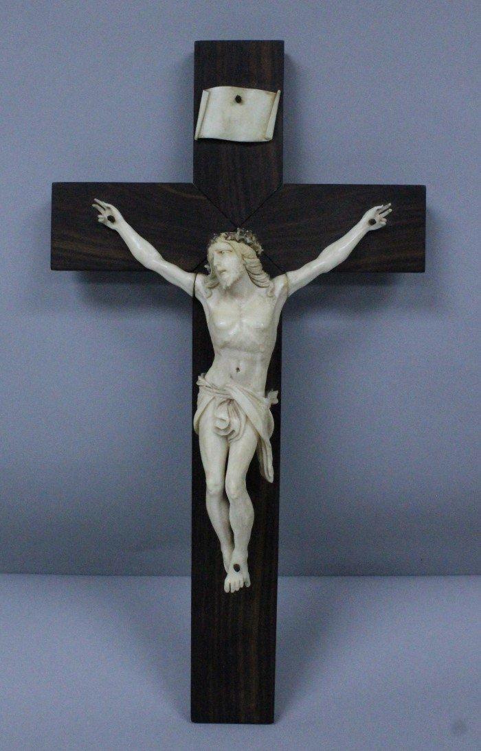 19TH C. DIEPPE CARVED IVORY FIGURE OF JESUS ON CROSS