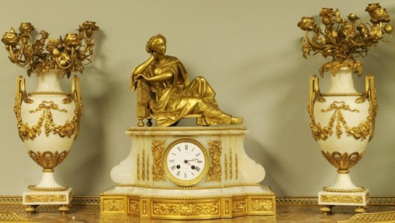19TH C. CLOCKSET