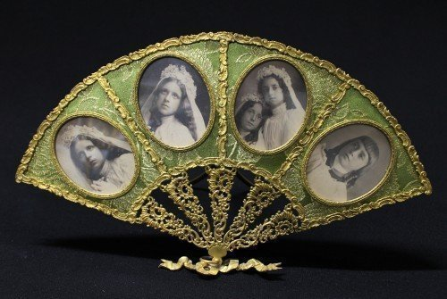 Antique Bronze And Green 4 Space Fan Picture Frame