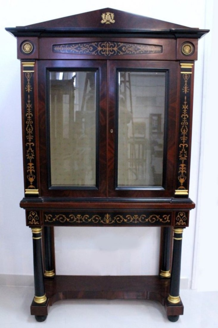 MAGNIFICENT LOUIS XV STYLE VITRINE COMMODE CABINET