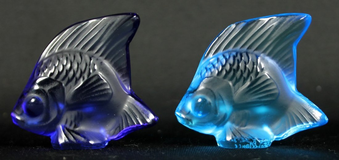 PAIR OF LALIQUE CRYSTAL FISH (BLUE)