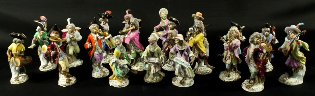20 PC. 19TH C. MEISSEN MONKEY BAND