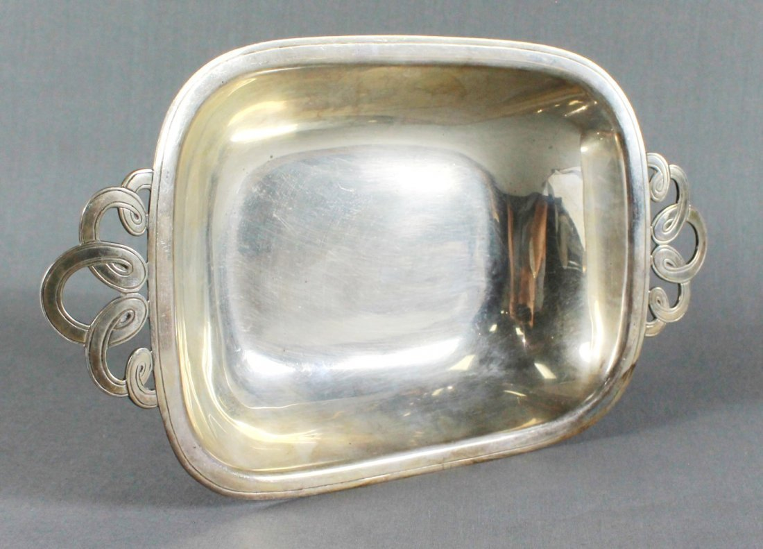 TIFFANY AND CO. STERLING SILVER BREAD BOWL