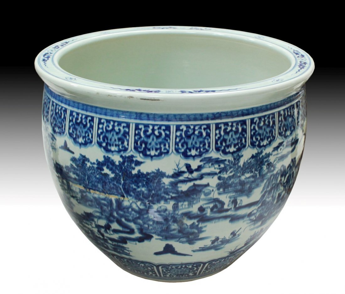 LARGE CHINESE PORCELAIN PLANTER H: 25 1/2""