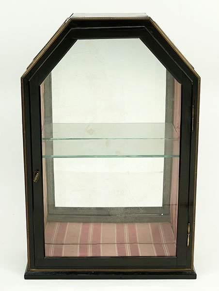 A 19th Century German Tabletop Curio Cabinet. - 2