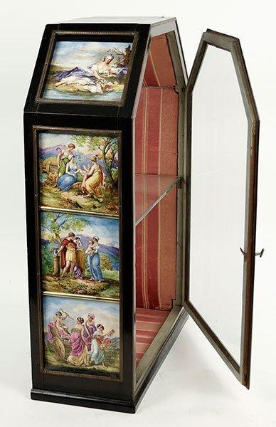 A 19th Century German Tabletop Curio Cabinet. - 4