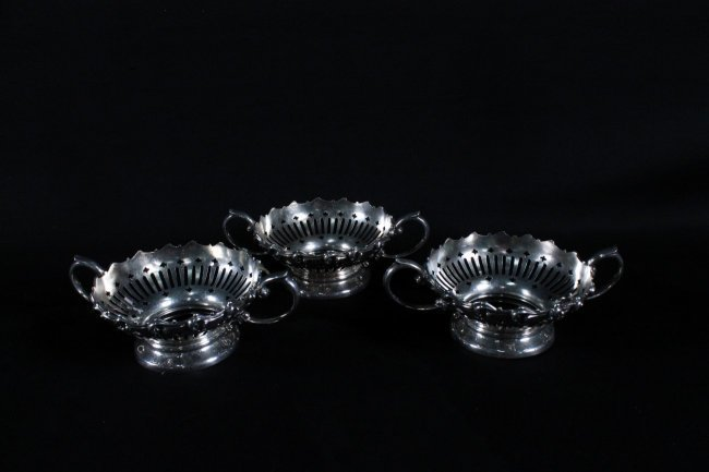 SET OF 3 STERLING SILVER RAMEKIN HOLDER