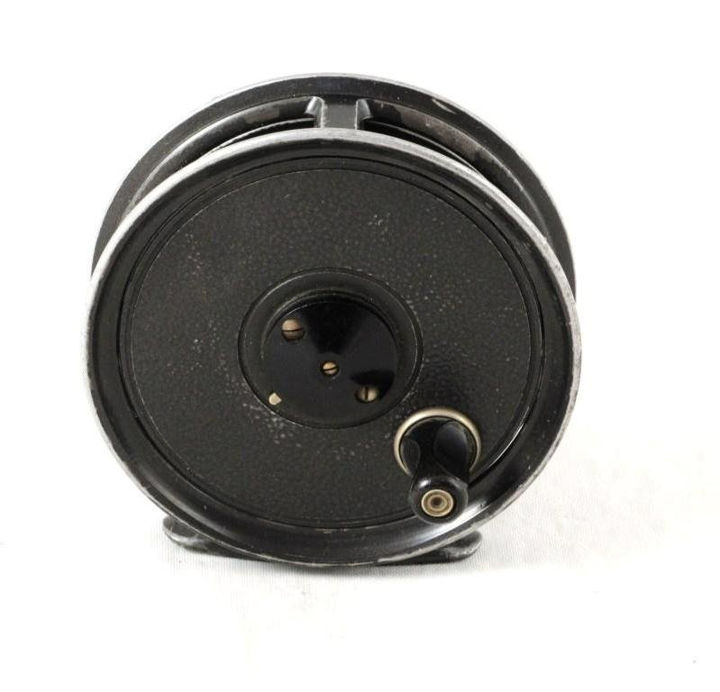 17: J.W. Young & Sons Pridex Trout Reel