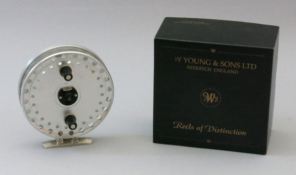 J.W. Young Seldex II 2350 Centerpin Reel