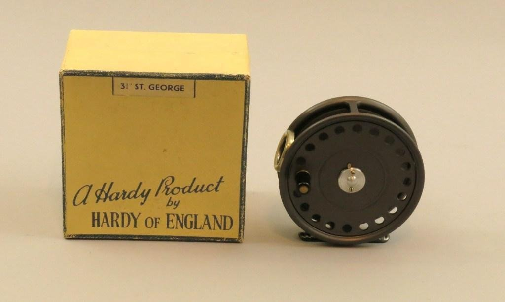 """Hardy """"St George"""" in Size 3 3/4"""""""