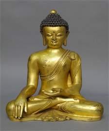 A Large Sino-Tibetan Gilt Bronze Seated Buddha, 15/16th