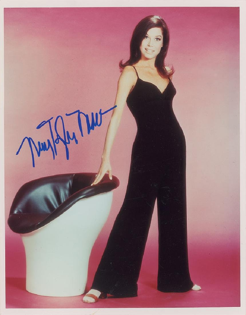 Mary Tyler Moore Signed Photograph