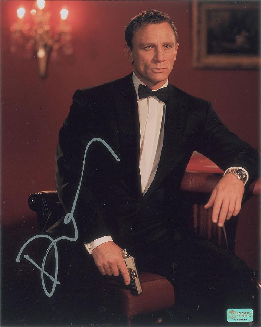 Daniel Craig Signed Photograph