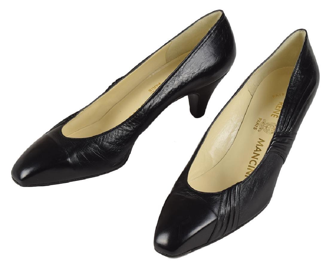 Audrey Hepburn Balck Leather Pumps