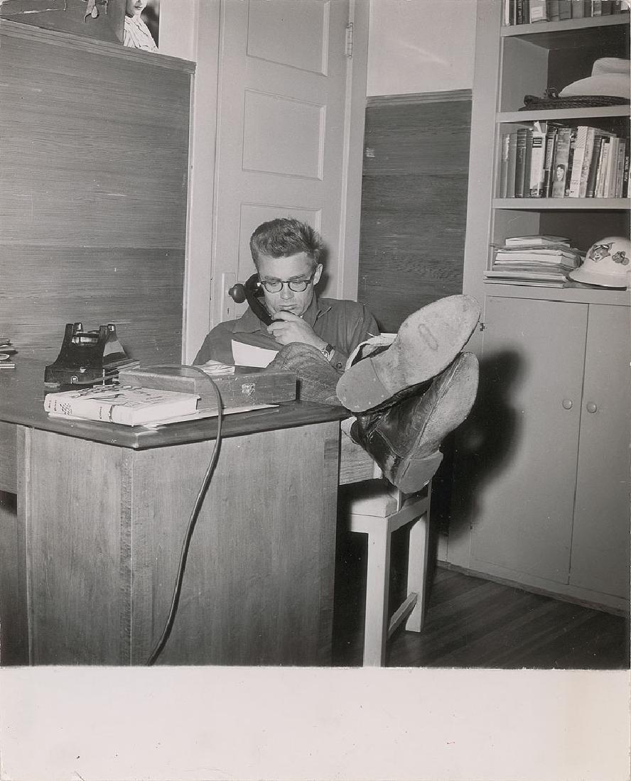 James Dean Set of (4) Original Phil Buchman Photographs - 4